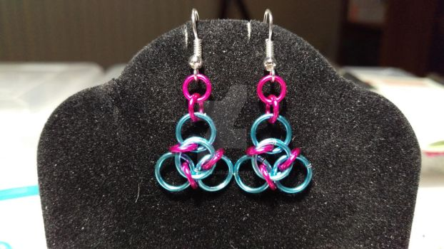 sky blue and dark pink tao chainmaille earrings by SilverWeasel2015