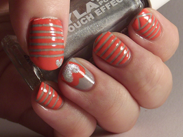 Coral and Grey-pink flecked by Ithfifi