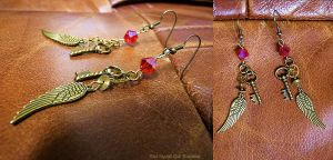 Red Crystal steampunk earrings by xNatje