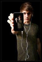 iPod Touch III by Coltography