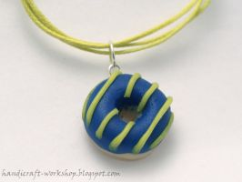 Blue and yellow donut bracelet by Panna-Kot