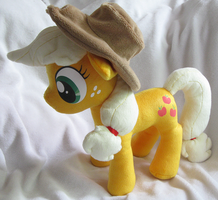 Applejack Plush by nalina