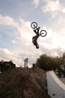 BackFlip by tifrize