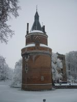 A city castle in wintertime by AutumnCapricorn