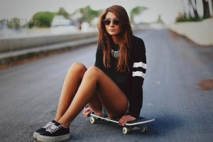 Skater Girl by Alessia-Izzo