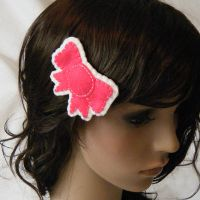 Pink n White Bow Hair Clip by hellohappycrafts