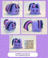 Twilight Sparkle Companion Pony Cube by cutekick