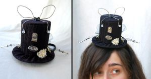 Tiny Top Hat: Little Miss Robot by TinyTopHats
