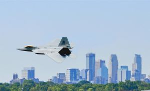 F-22 banking in Minneapolis by aaaa0000aaaaa