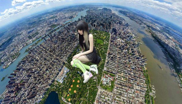 Giantess in Central Park by knwish