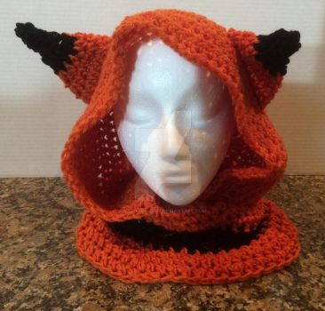 Fox hooded cowl (commission) by YarnAlchemy