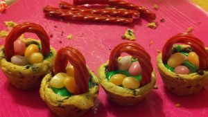 Cookie Easter Baskets! by lexiepoo15
