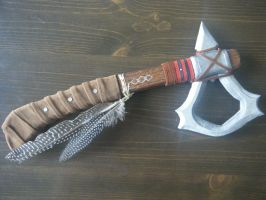 Connor's Tomahawk by Fay-Fever