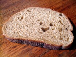 smileing bread by towile