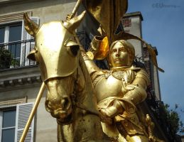 Gilded statue of Jeanne d'Arc by EUtouring