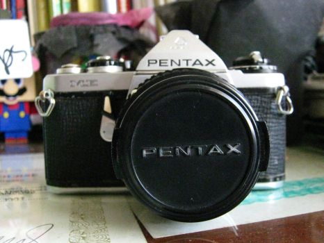 my PENTAX ME by williXdamn