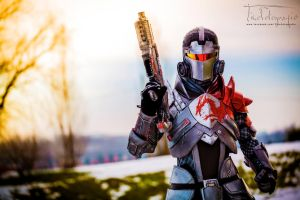 Commander Shepard - Mass Effect 3 Cosplay by LeonChiroCosplayArt