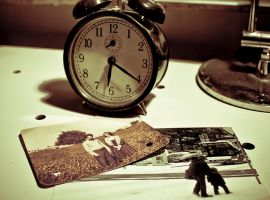 Time is Bad by reza67