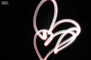 Hearts lightpainting by AuroraxCore