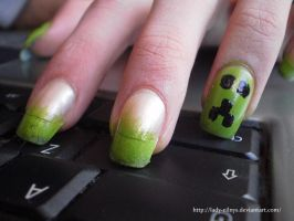 Creeper nail art by Lady-Eilnys