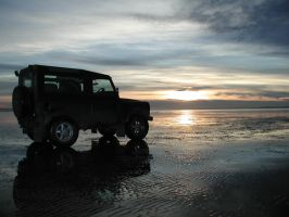 LandRover Sunset by antarcticfire