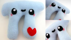 Pi Plushie by Lyseebell
