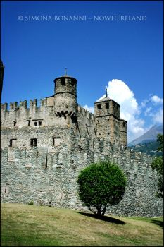 Valle D'Aosta - Fenis Castle by FataCorvina