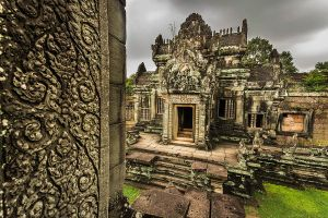 Banteay Samre Temple by cwaddell