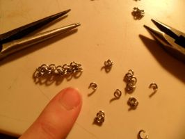 Mini Chain mail WIP by kayanah
