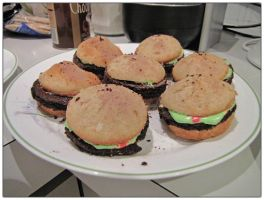 Hamburger Cupcakes by Ombry