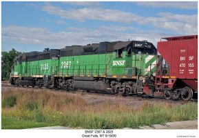 BNSF 2367 and 2825 by hunter1828