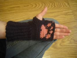 Paw Print Arm Warmer by krizpie