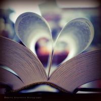 I fell in love with books by Rontarija