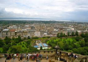 Edinburgh From the Battlements by LesleyanneD