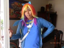Rainbow Dash Cosplay by miles58