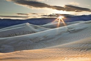 Panamint Dunes by narmansk8