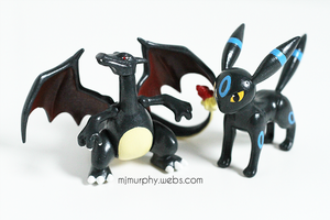 Shiny repaints: Charizard and Umbreon by Glowy-chan