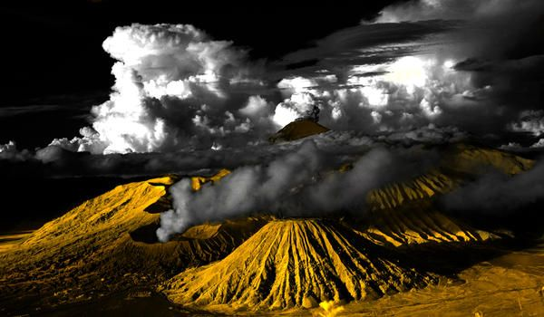 bromo mountains by dViruz