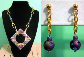 Tye-dye Shell and Chain Set by BloodRed-Orchid