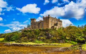 Dunvegan Castle, Scotland by Raiden316