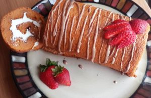 Thai Tea Roll Cake by Nyanfood