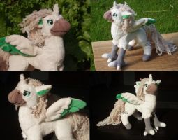 Custom Hippogryph Plush by dot-DOLL