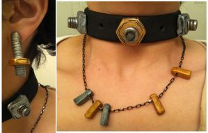 Gaige's Jewelry by tasukigirl