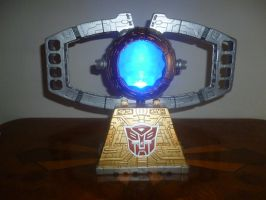 Autobot Matrix of Leadership Statue by Nitrofires-Revenge