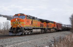 BNSF 4551 II by CMiner1
