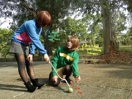 Chara and Frisk Undertale cosplay by jayceegiray