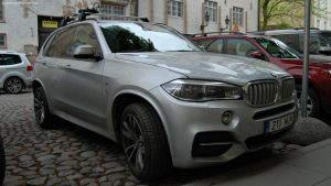 BMW X5 M50d by ShadowPhotography