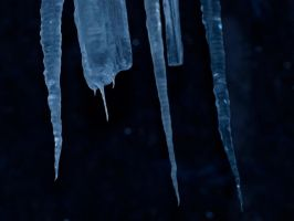 Icicles by Lil-Plunkie