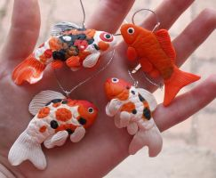 Speckled Fishies by kaasha