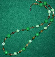 Two shades of green necklace by ladytech